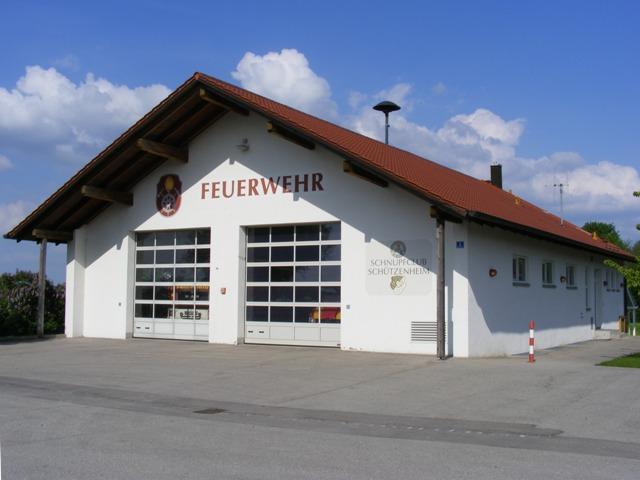 Grossansicht in neuem Fenster: Feuerwehrgerätehaus Sulzemoos in der Bogenrieder Straße
